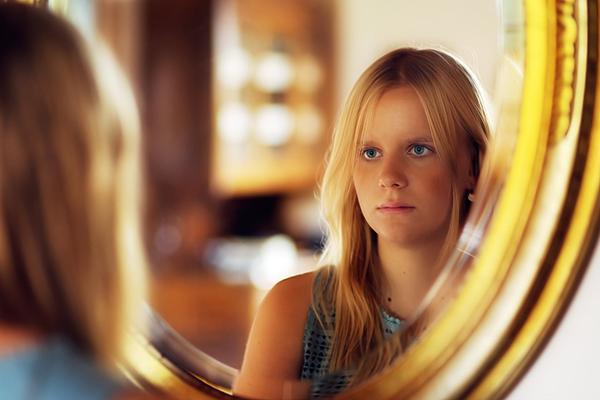 Проблема 3. Подросток хочет врезать в дверь своей комнаты замок и не пускает в нее родителей