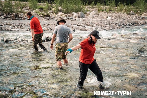 Летом 2017 года в рамках проекта «Комбат-туры» мы с группой менеджеров пошли в экспедицию в Саянские горы.