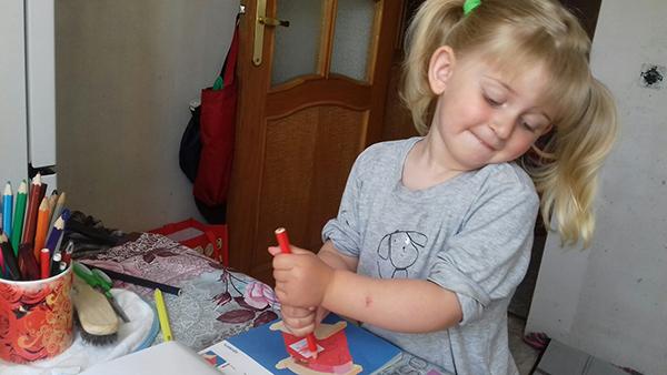 Мы любим Кумон за кажущуюся простоту, ребенок выполняет задание за заданием и не всегда замечает повышение сложности
