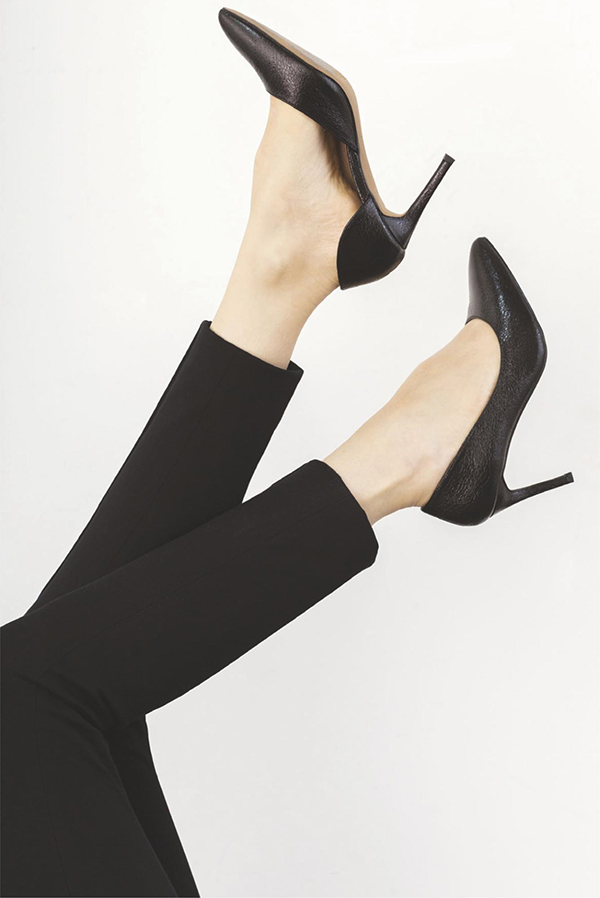 Нет ничего более соблазнительного, чем красивая пара туфель-лодочек.