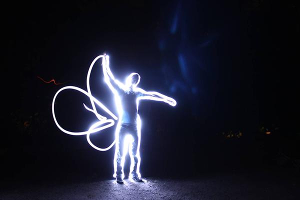 Как рисовать светом в воздухе