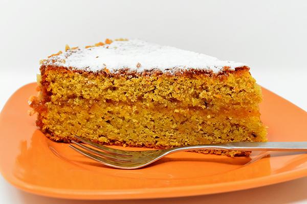 Морковный пирог приобрел особую популярность в Великобритании во время Второй мировой войны.