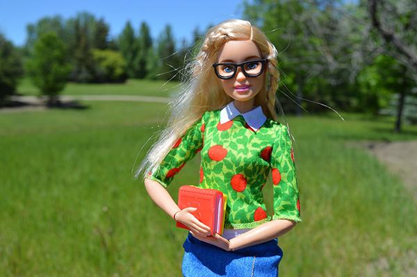 Кажется, что необыкновенно красивая и худая героиня инстаграма или блокбастера — та самая девушка, которой все должны восхищаться.