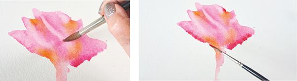 Когда первая заливка полностью высохла, добавьте необходимые детали лайнером — уточните понравившиеся лепестки, подчеркнув получившиеся разводы по образу и подобию реального цветка.